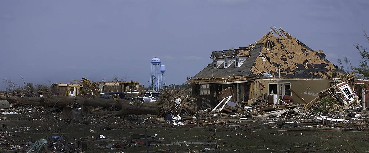 Smithville, Mississippi tornado damage